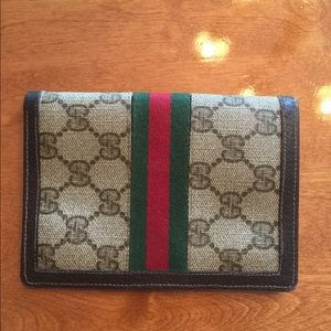 Gucci Bags - Auth Gucci GG small Bifold wallet